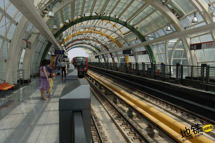 天津去年车牌竞拍收入全部建地铁