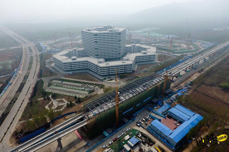 济南首座地铁站完成主体结构施工