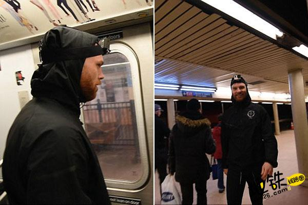 男子与地铁赛跑 下一站成功登上同一趟地铁