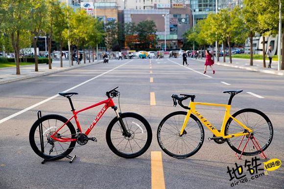 """南京地铁联手共享单车整治""""黑车"""" 54站点将投放单车"""