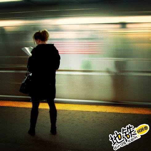 纽约亚裔男子挑战步行与地铁比速度 结果他赢了