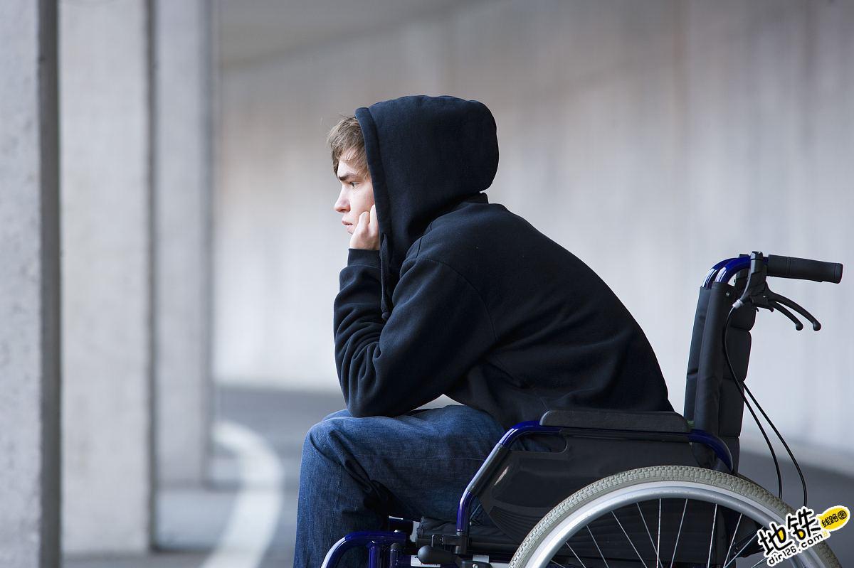坐轮椅能乘坐长春地铁吗?