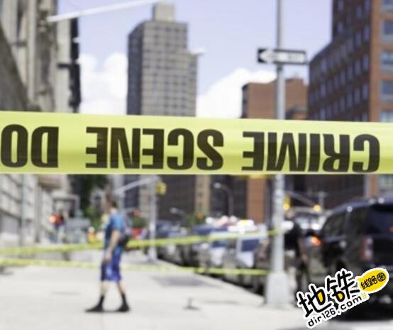 美国纽约地铁车厢脱轨34人受伤