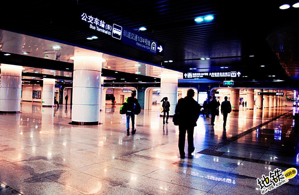 一座车站在地铁人心中意味着什么?