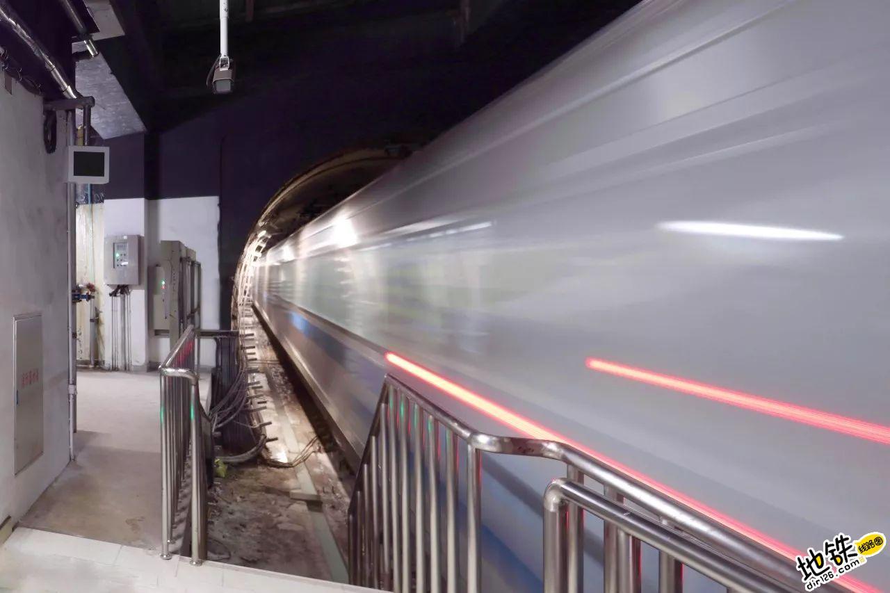 地铁人写给宝贝的一封信 母亲 站务 地铁 宝贝 地铁人 轨道故事  第1张