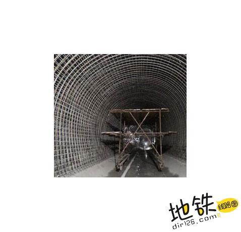 地铁隧道是圆的还是方的? 盾构机 盾构 明挖 隧道 地铁 轨道知识  第2张