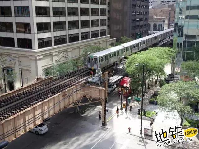 """地铁到底该叫""""Metro""""还是""""Subway""""? 出行方式 underground subway metro 地铁 轨道知识  第7张"""