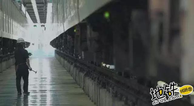 感动180秒,反映了地铁系统整整24小时的情景 乘客 东京 广告 感动 地铁 轨道动态  第1张