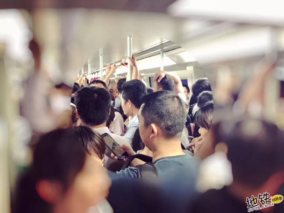 专家警告2020年奥运会或致东京地铁系统瘫痪 乘客 瘫痪 奥运 2020 东京地铁 轨道动态  第1张