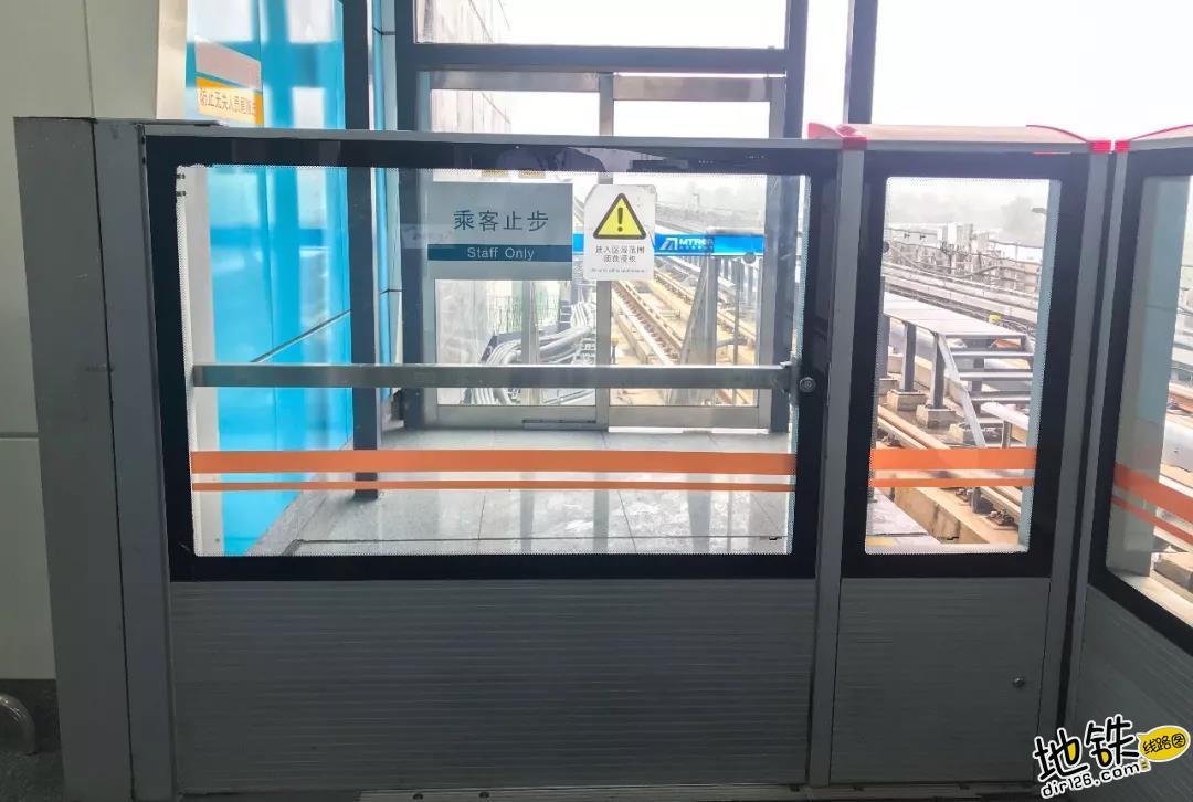 """不可不看的地铁""""门""""道 固定门 端门 应急门 滑动门 屏蔽门 地铁 轨道知识  第8张"""