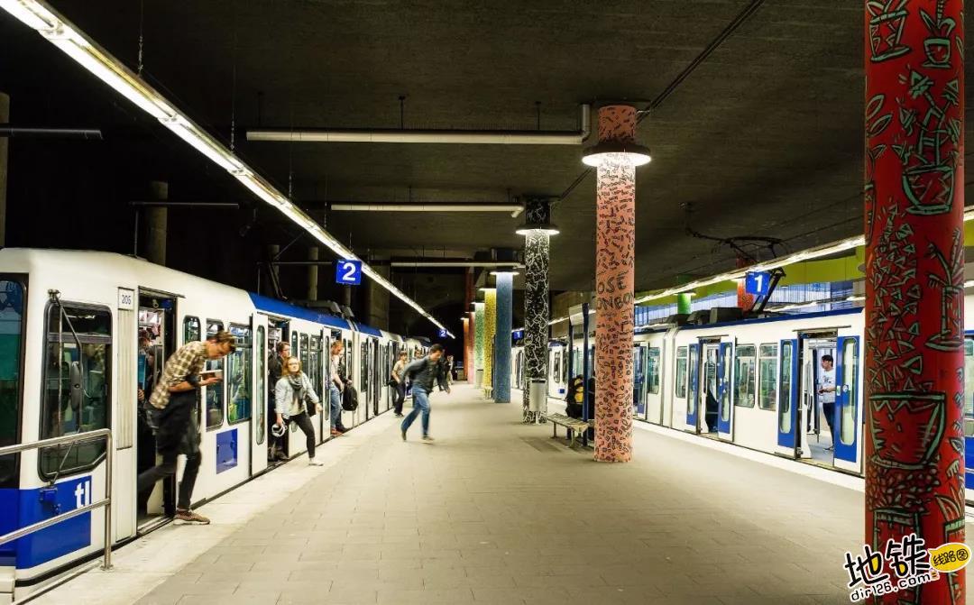 """What?!""""富得流油""""的发达国家,竟只有一个城市地铁? 检票 无人驾驶 洛桑 地铁 瑞士 轨道动态  第4张"""