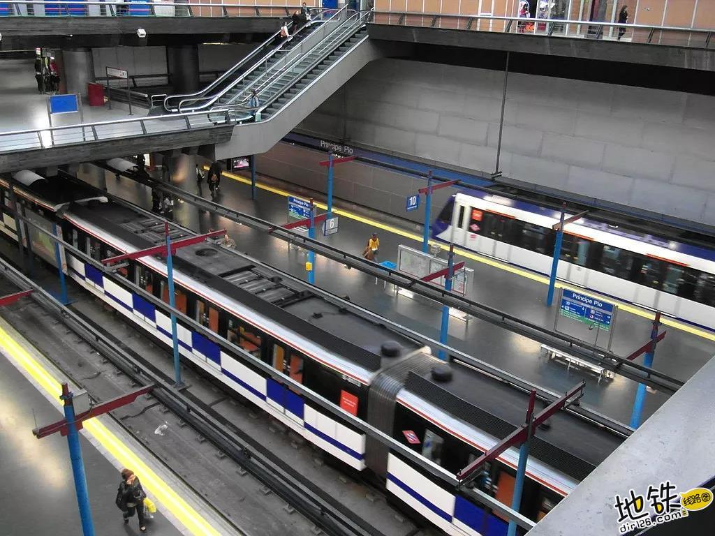 地铁进出站闸机敞开,提升效率降低了维护成本! 闸机 检票 地铁 东京 马德里 轨道动态  第2张