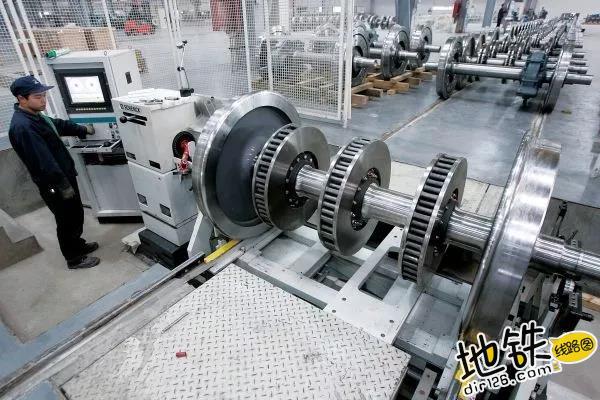 中国马钢造:时速320公里的高速高铁车轮首次出口德国! 马钢 中车 国产 齿轮 高铁 轨道动态  第2张