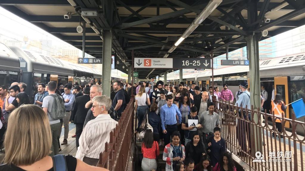 港铁营运悉尼地铁新线开通首日即故障 港铁 地铁 故障 无人驾驶 悉尼 轨道动态  第1张