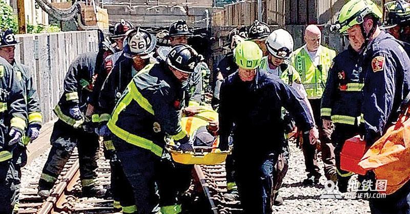 波士顿地铁列车出轨 10人受伤 服务受阻
