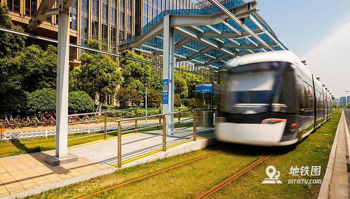 海南三亚首条城市轨道交通线路开通啦!