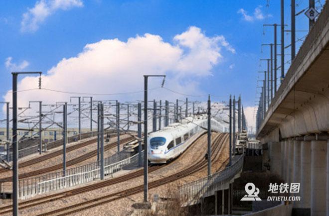 全國人大代表陸東福:持續鞏固高鐵領跑優勢