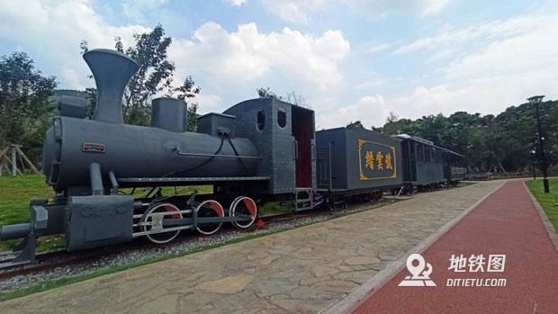 年底乘坐北川鐵路小火車 游覽重慶峽江兩岸