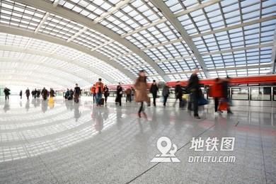"""北京地鐵:預計""""國慶""""假期各線路客運量將接近580萬人次"""